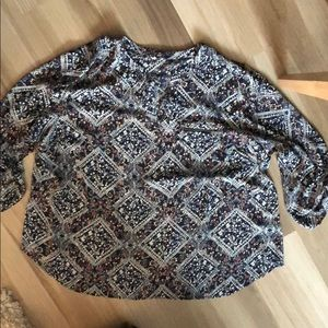 Maurices size 3 blouse with zipper pocket